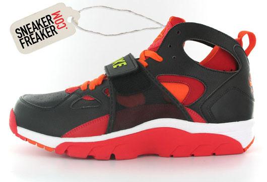 new concept fb418 ee83e Nike Huarache