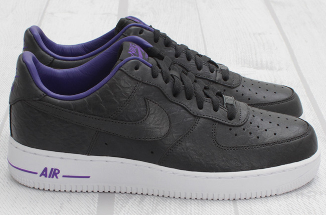 new products 2a0a7 98501 Nike Air Force 1 Low