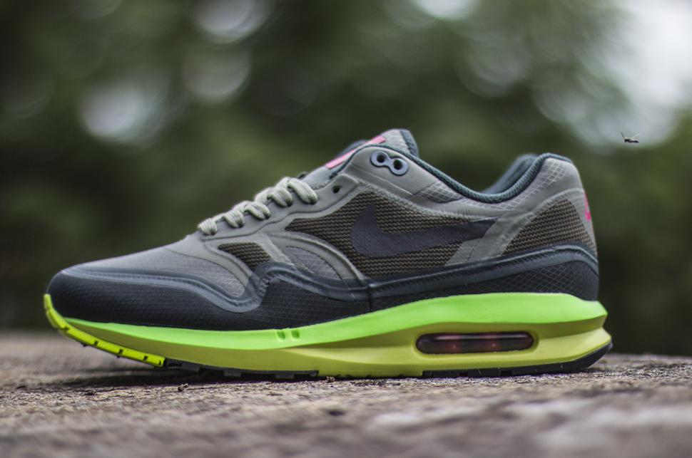 size 40 d2739 49849 Nike Air Max Lunar1 WR