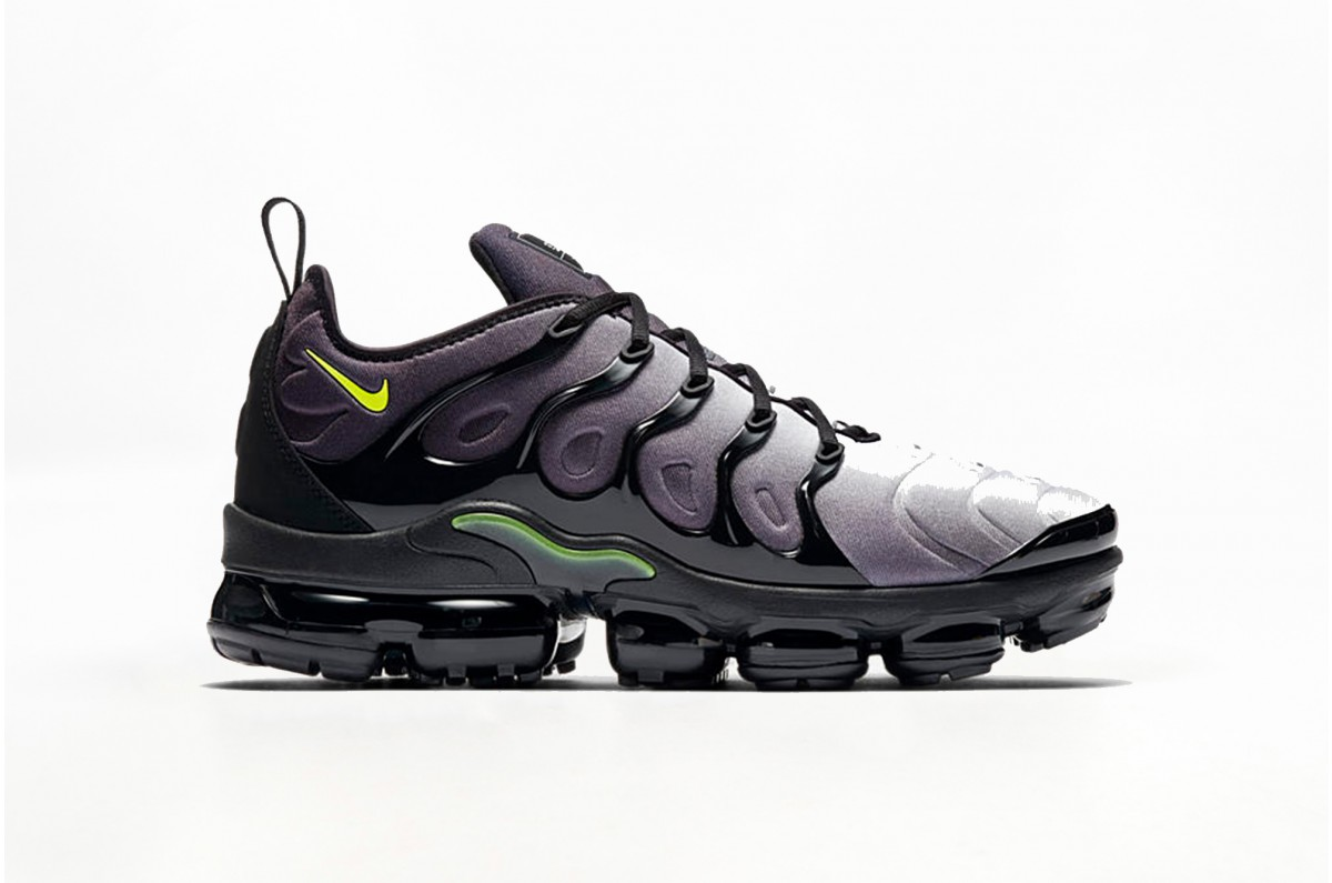 bf789a7bf0f Nike Air VaporMax Plus in Black - OG EUKicks Sneaker Magazine