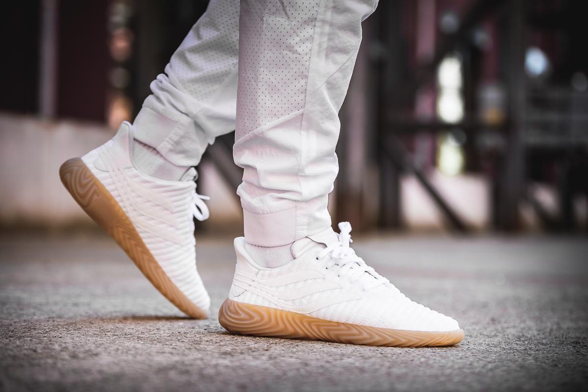 nmd r1 white gum on feet