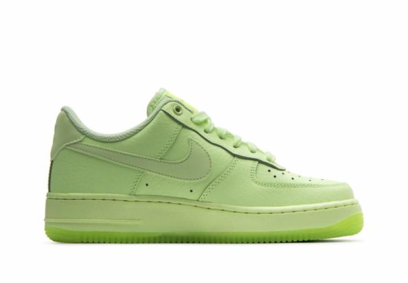 5902f0b49df681 Nike Air Force 1  07 Essential Green. By Mohamed Abdihakim on January 31